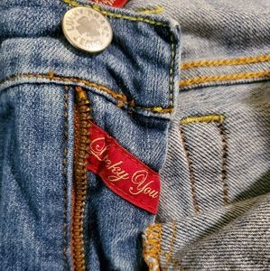 Lucky Brand size 8/29 crop jeans EUC